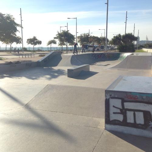 Skateparki w Barcelonie / Skateparks in Barcelona